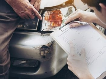 Jak uzyskać odszkodowanie za wypadek samochodowy w UK?