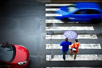 wypadek drogowy - odszkodowanie za potrącenie pieszego na pasach w UK